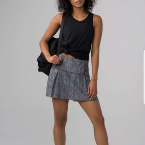 Lululemon Lost In Pace Skirt Skort Size 4